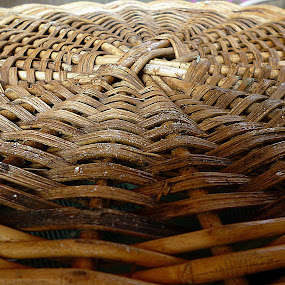 riticular of basket rattan by Razone Wane - Abstract Patterns ( Shapes, Geometry, Line, composition , circle, pwc79, shapes geometric patterns ,  )