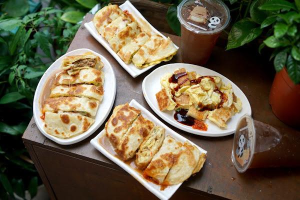 永春站手工蛋餅 城翔早午餐 #孜然風味起司豬排蛋餅 #港式風味蘿蔔糕炒蛋
