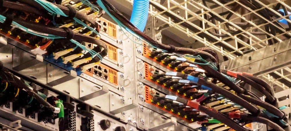 Actualidad Informática. Los servidores de Google mueven un petabit por segundo. Rafael Barzanallana