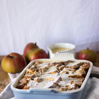 Apple-zwieback Pudding With Vanilla Custard
