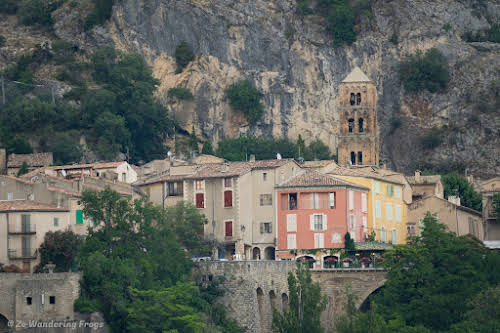 Provence Itinerary 5 Days: Luberon Villages, Lavender Fields, and Verdon Gorge // Moustiers Sainte-Marie Village