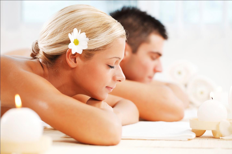За дополнительную плату массажистка не только сделает массаж