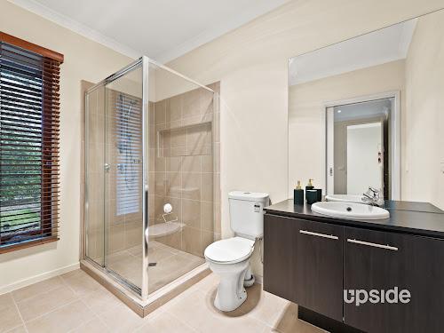 Photo of property at 5 Sunnybrook Way, Lyndhurst 3975