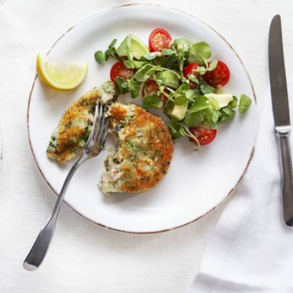 Salmon & Broccoli Cakes  taking into consideration Watercress, Avocado & Tomato Salad