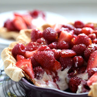 No Bake Sour Cream Berry Pie.