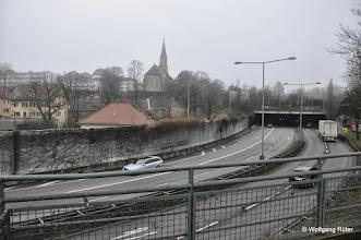 Photo: Blick vom Berger Steg auf die B10 und Leuze-Tunnel