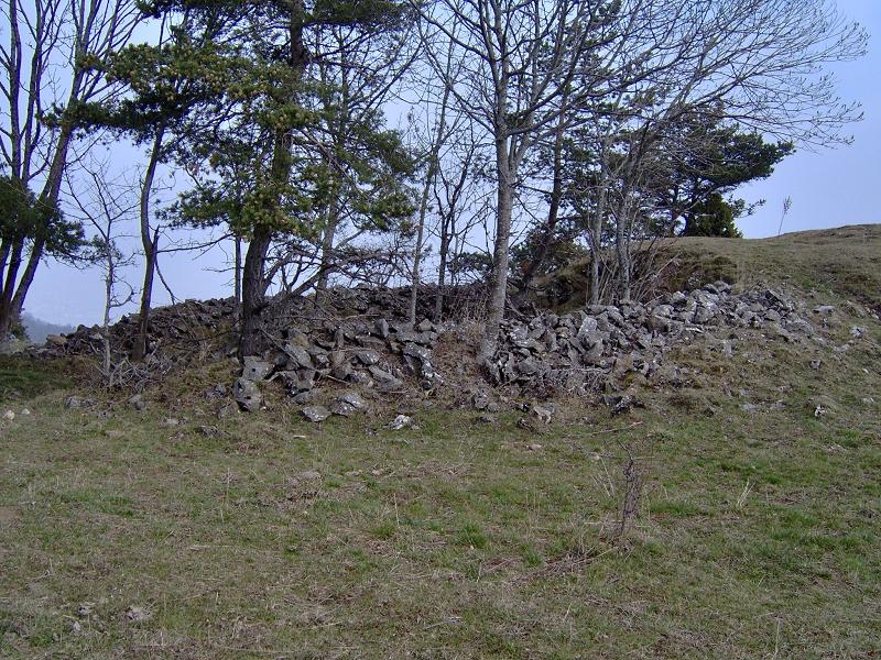 Un enclos à moutons à Les Merlins