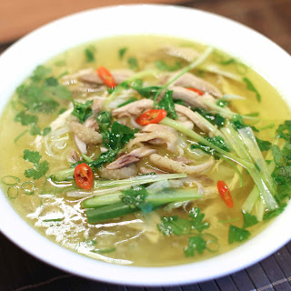 Vietnamese Chicken Noodle Soup – Phở Gà