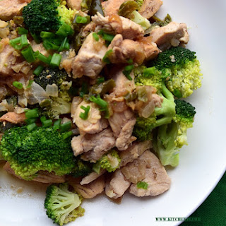 Clean eating Chicken Broccoli Stir- Fry