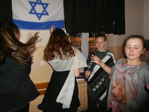 Photo: tańce żydowskie w kawiarence Cymes