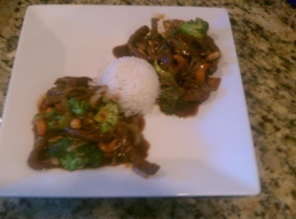 Nothing like a plate of fresh Beef & Broccoli that will beat any carryout container you could possibly bring home!!!!