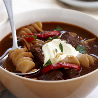 Hearty Goulash Pasta Soup