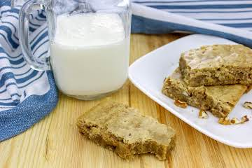 Chewy Brown Sugar Bars