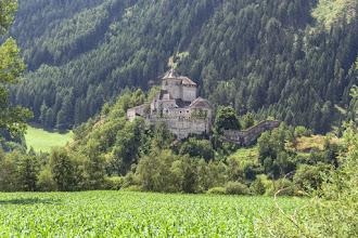 Photo: Zamek Tasso to jeden z najstarszych zamków w południowym Tyrolu. Po raz pierwszy wymieniony w dokumentach w 1100 r.