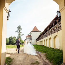 Wedding photographer Nastya Khmelnickaya (jurn). Photo of 05.02.2018