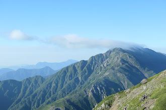 赤石岳、その左に大無間山など