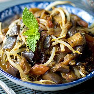 Laotian Eggplant With Tomatoes [Vegan]