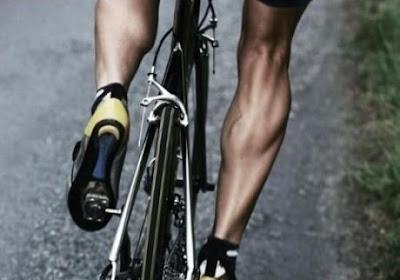 'Het geheim van de eenzame fietser' in jouw boekenkast?
