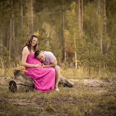 Wedding photographer Evgeniy Amelin (AmFoto). Photo of 20.01.2014