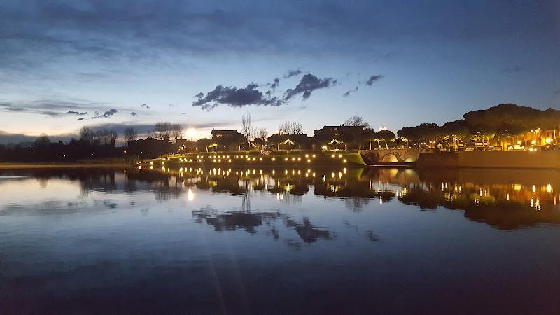 Effetti di luci dal Ponte di Tiberio di Rimini di FENICIO58