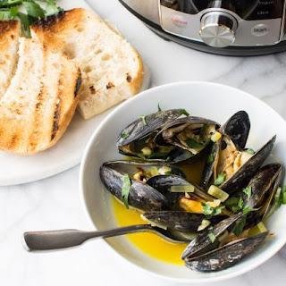 Instant Pot Saffron White Wine Mussels.