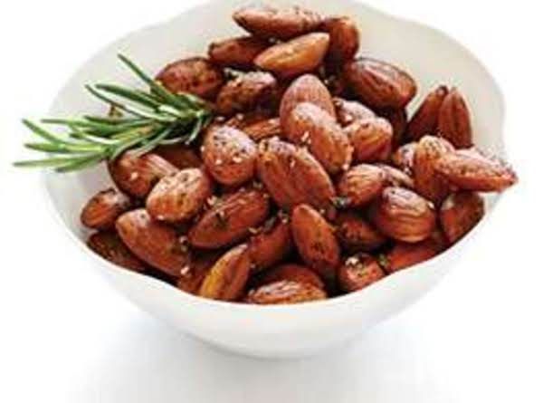 Taste Toasted Almonds W/fresh Rosemary Accent