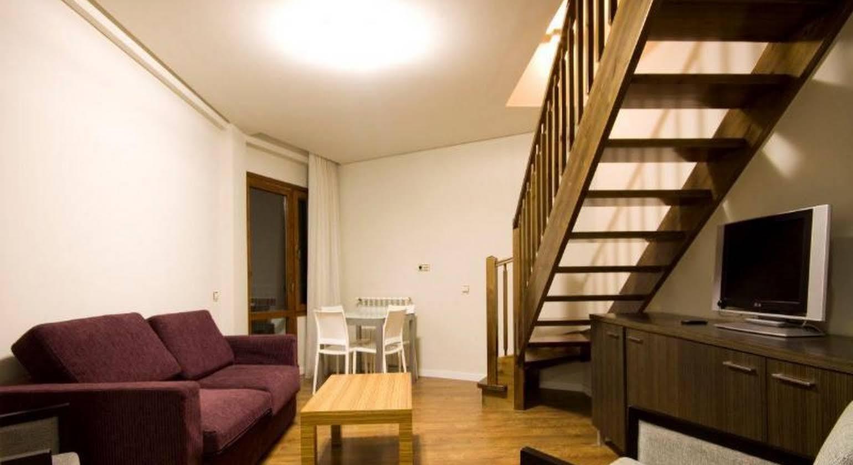 Hotel Apartamentos Isaba