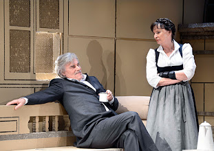 Photo: DAS KONZERT von Herrmann Bahr. Wiener Akademietheater - Premiere 7.2.2015. Inszenierung: Felix Prader. PeterSimonischek, Barbara Petritsch. Copyright: Barbara Zeininger