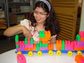 """Photo: """"As maiores aquisições de uma criança são conseguidas no brinquedo, aquisições que no futuro tornar-se-ão seu  nível básico de ação real  e moralidade (Vygotsky, 1998)."""
