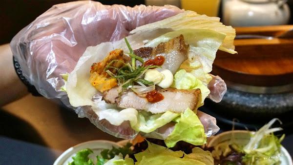 高雄楠梓家樂福一樓韓國家庭料理-玉豆腐,多種韓式料理過年聚餐免煩惱。