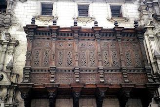 Photo: Lima, drewniany balkon / Wooden balcony