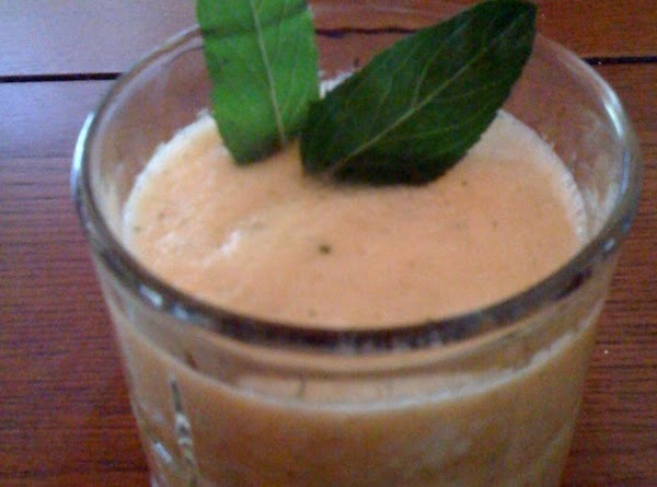 Fresh Mint Cantaloupe Cooler Recipe