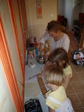 Photo: V Arámě se děti učí i vařit - the kids learn in Arama also how to cook