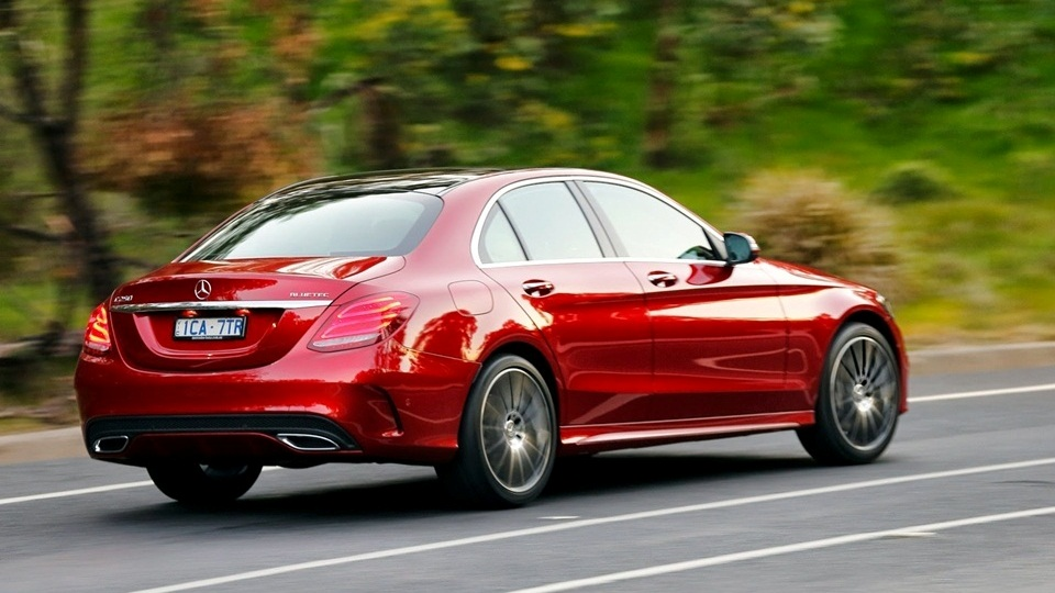 mercedes-c300-amg-red-3