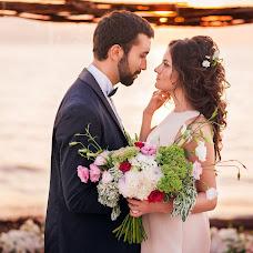 Wedding photographer Sasha Badretdinova (badretdinova1org). Photo of 01.12.2016