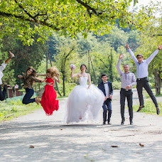 Wedding photographer Valentina Vaganova (VaganovaV). Photo of 24.10.2014