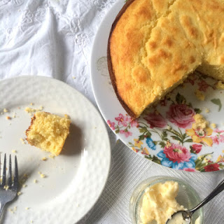 Sweet and Moist Northern-Style Cornbread with Honey Butter