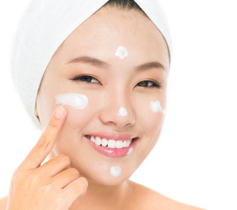 Hướng dẫn bạn cách chăm sóc da sau nặn mụn