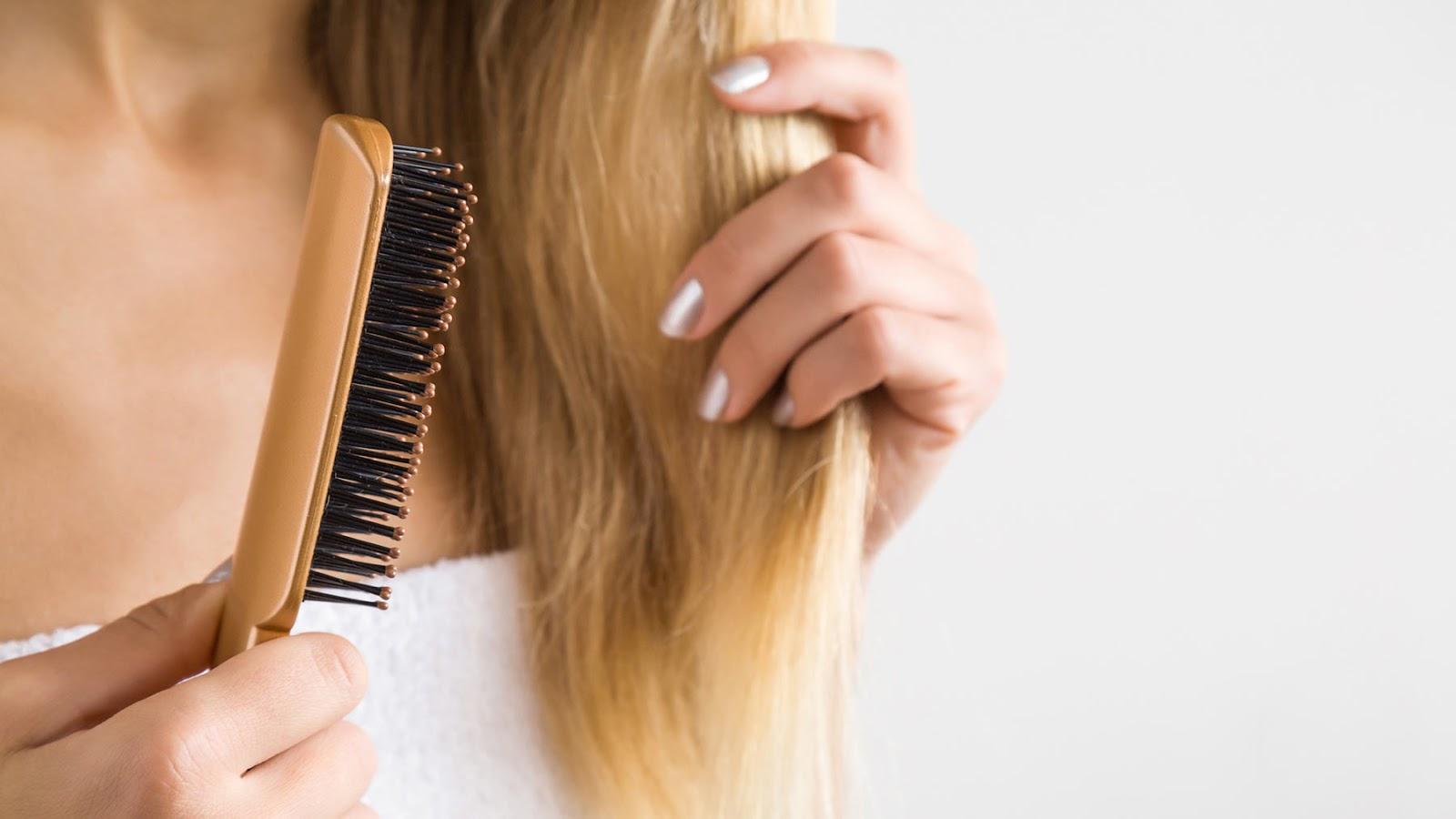 tóc khô xơ chẻ ngọn