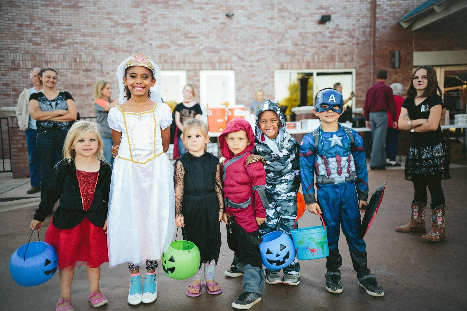 Fun kids Halloween party ideas!