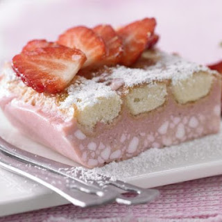 Chilled Strawberry Cake