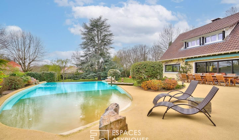 Maison avec piscine et terrasse Jouars-Pontchartrain