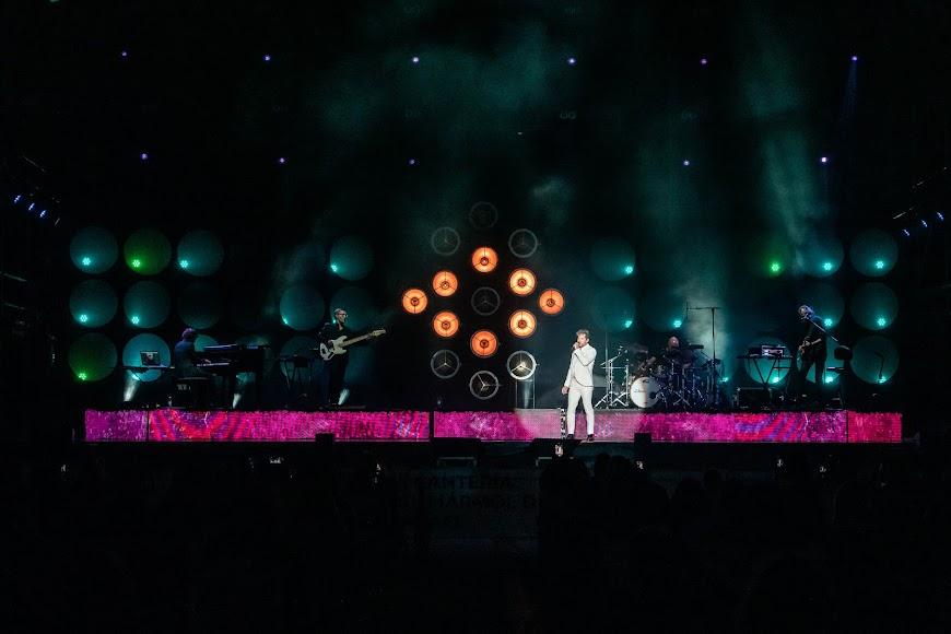 """""""Si tú la quieres"""" fue la penúltima canción del concierto"""