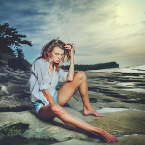 surrealism by Handy Wijaya - People Fashion ( canon, bali, model, handy soediro, fashion, balangan beach, ksenia senko )