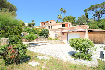 villa à Saint aygulf (83)