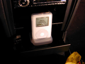 Photo: The silicon case keeps the iPod secured