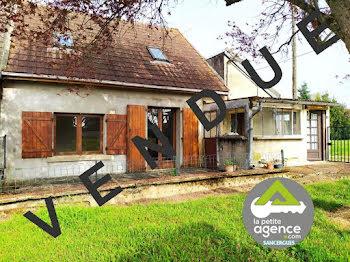 maison à Jussy-le-Chaudrier (18)