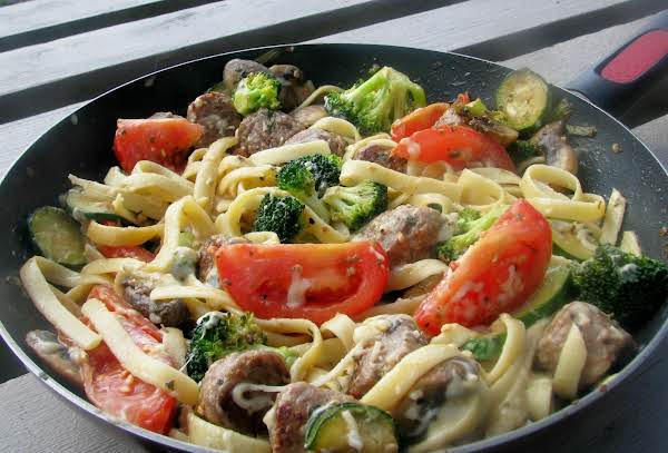 Fettuccine With Sausage And Vegetables Recipe