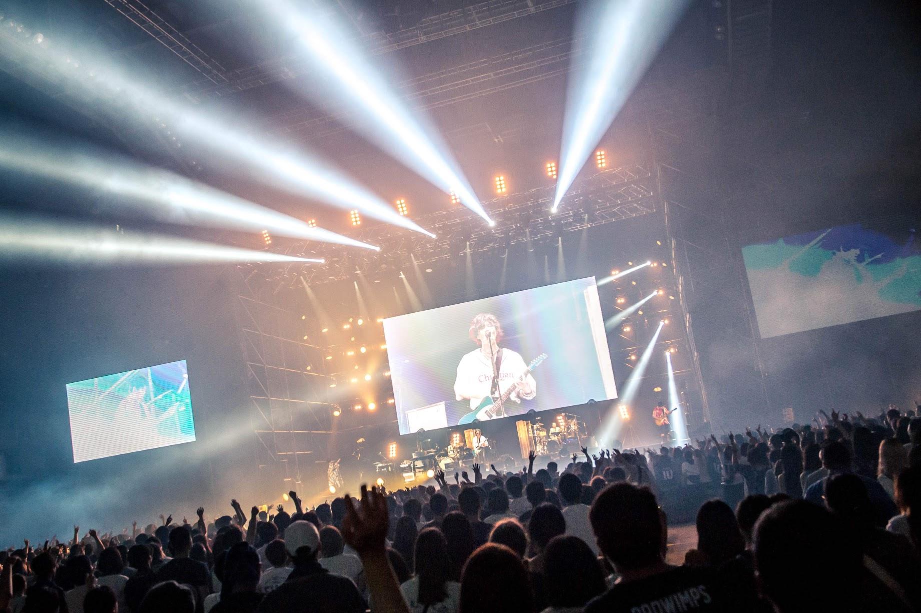 【迷迷現場】詳細報導 RADWIMPS 四度來台開唱大升級 二安送上樂迷狂喜