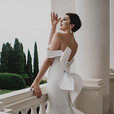Wedding photographer Kseniya Chernaya (Elektrofoto). Photo of 01.12.2017